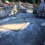 石碑の解体撤去作業をしました